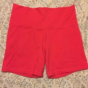 Lululemon pink shorts size 8 Align